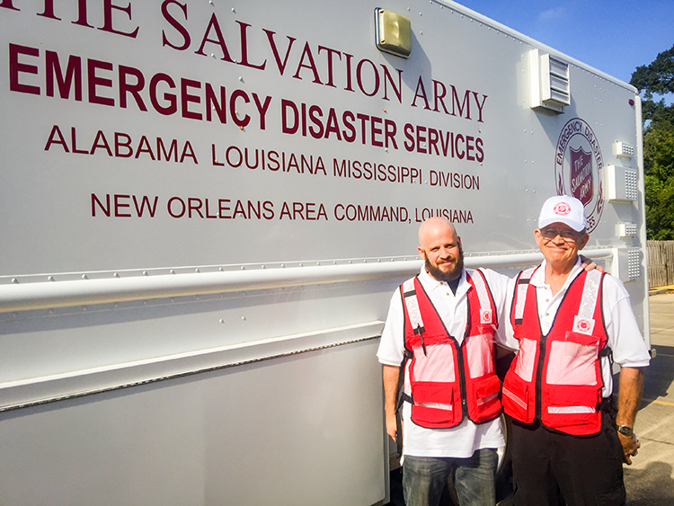 la floods ketcham salvation army volunteers