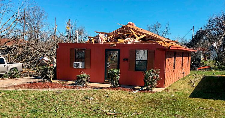 tornado damage house in Columbus, MS