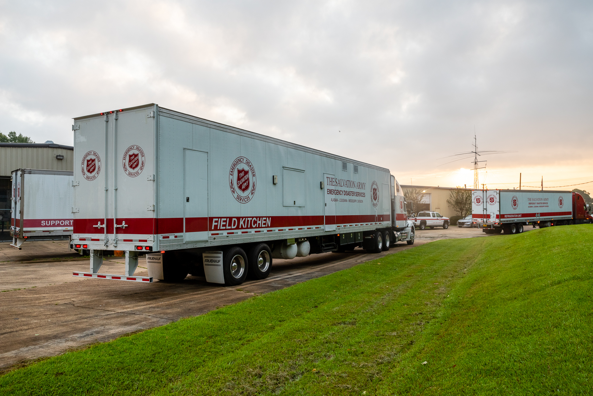 Salvation Army Field Kitchen Heads To Lake Charles For Hurricane Laura Relief The Salvation Army Alm Division